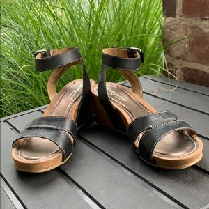 Like new Ankle strap wedge sandals